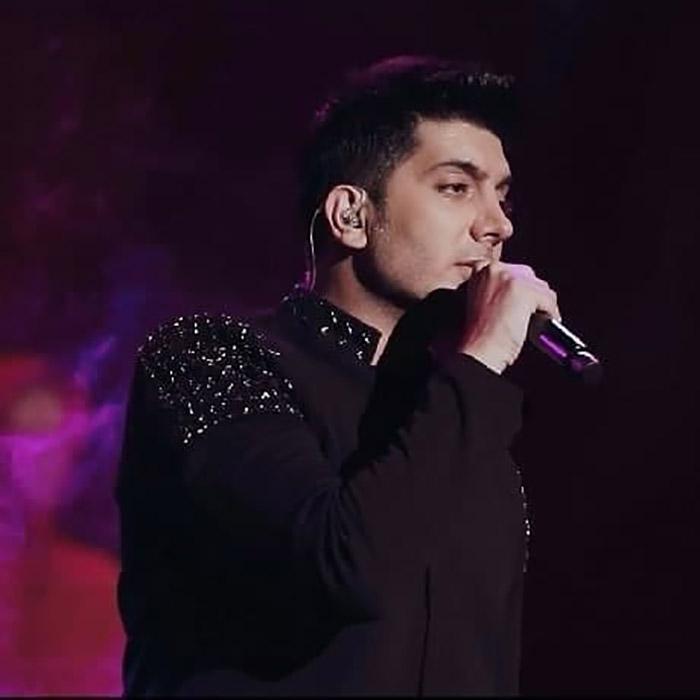 دانلود اجرای زندهآهنگ ای کاش فرزاد فرزین